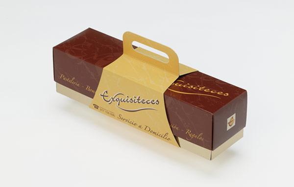tortas com base ouro, tampa, pegas